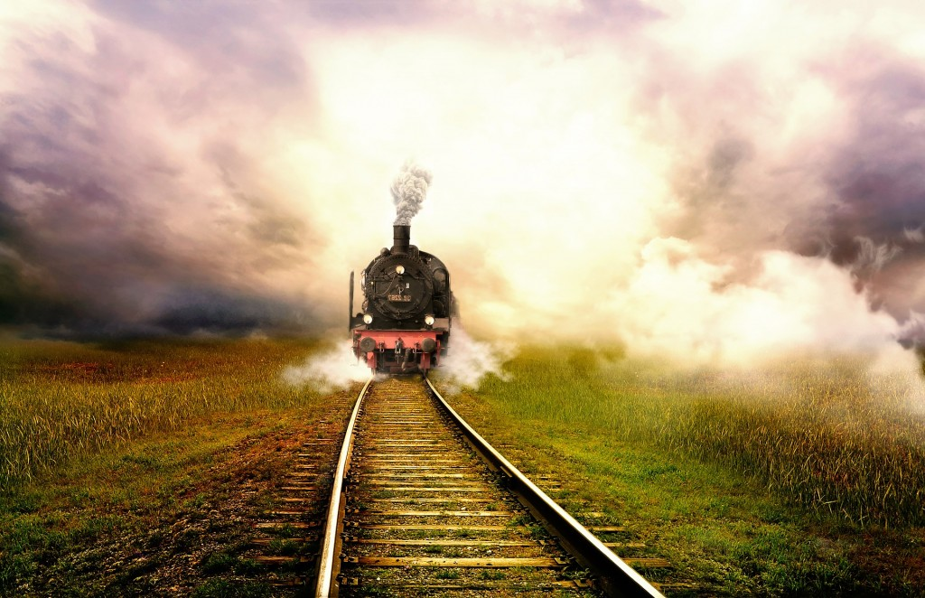 train-2401406_1920